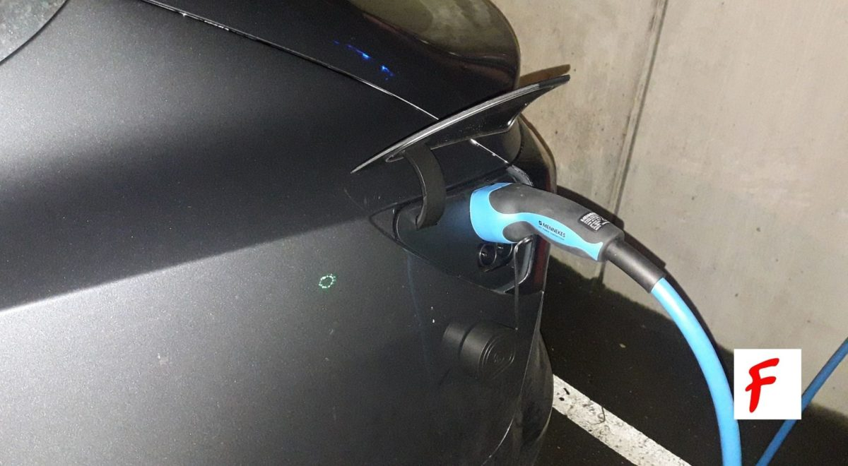 Зарядка электроавтомобиля