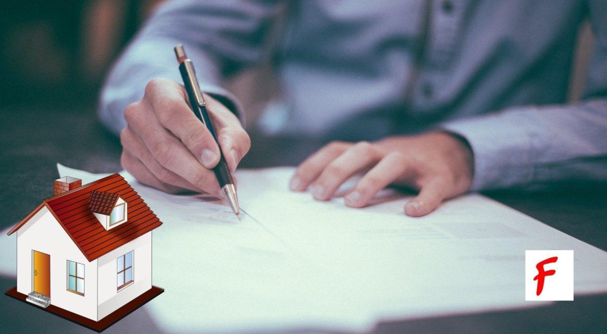 Адвокаты и нотариусы должны сообщать о нарушениях в сделках с недвижимостью. Решение административного суда Берлина (VG Berlin).